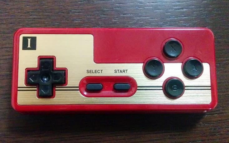 ファミコンコントローラ「FC30 GamePad」
