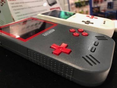 「Super Retro Boy」 ゲームボーイシリーズのカートリッジに対応したゲームマシンが登場!