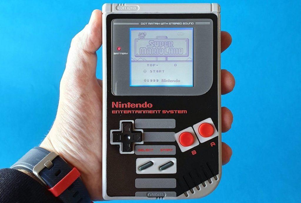 NESエディションの初代ゲームボーイ
