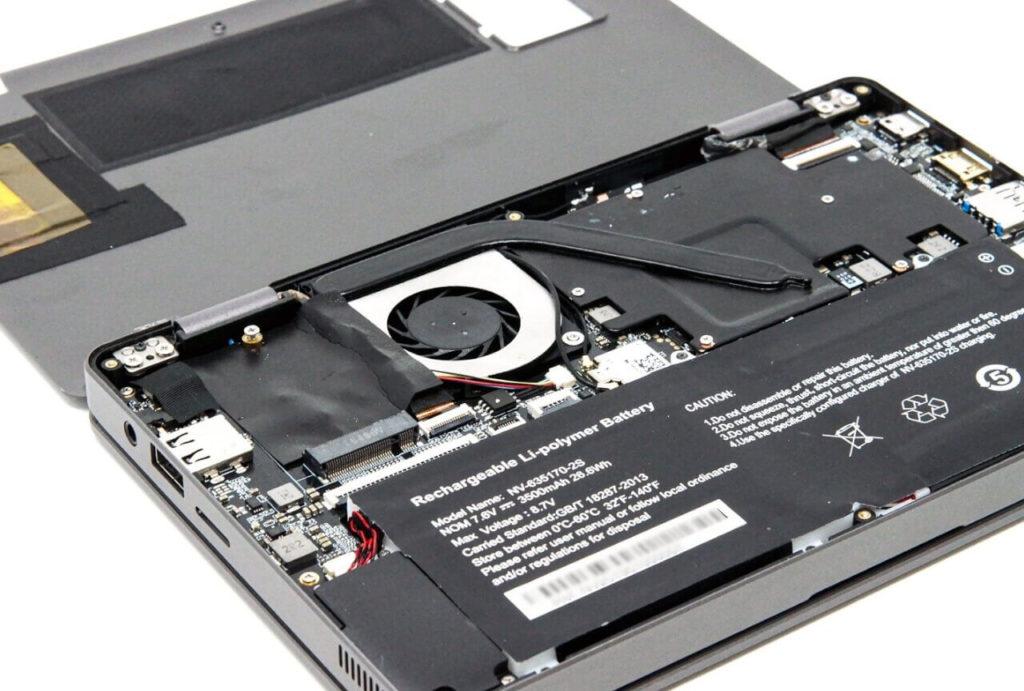 CHUWI MiniBook ファクトリーモデルを分解