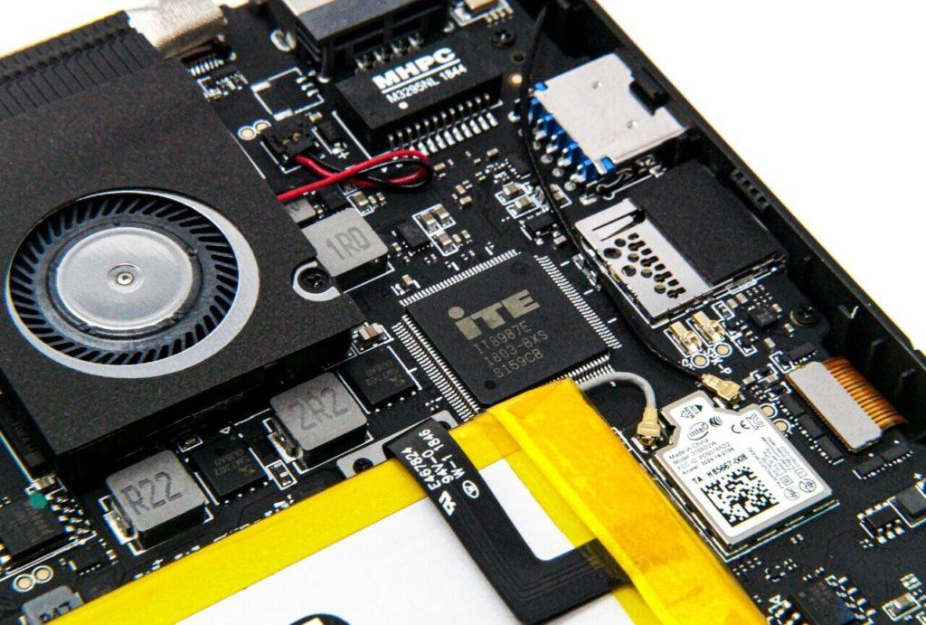 GPD MicroPC 冷却ファン・スピーカー