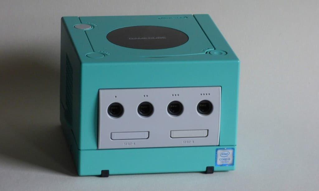 ゲームキューブ型パソコン