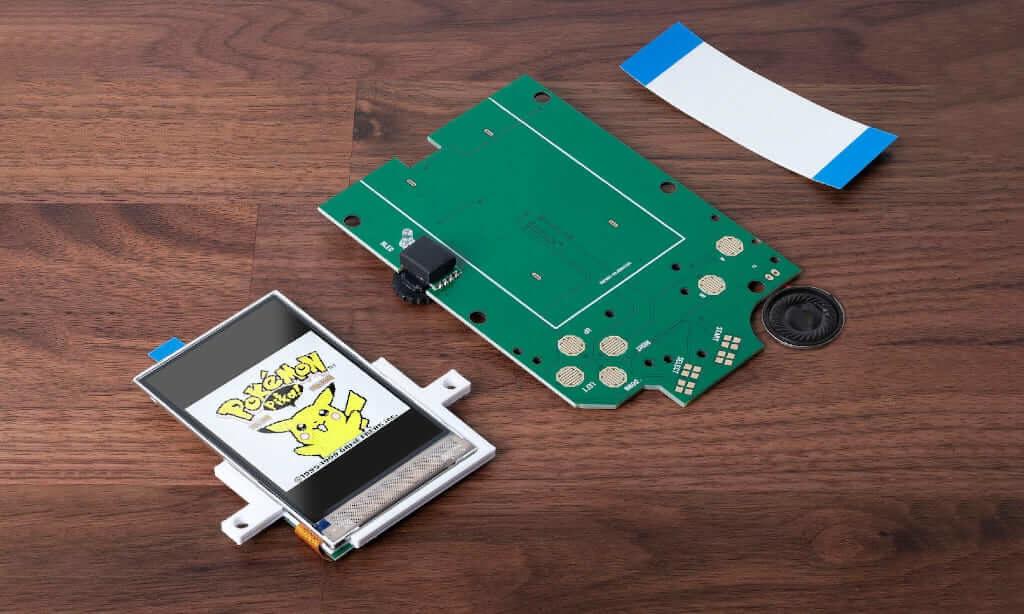 ゲームボーイの IPS液晶交換キット