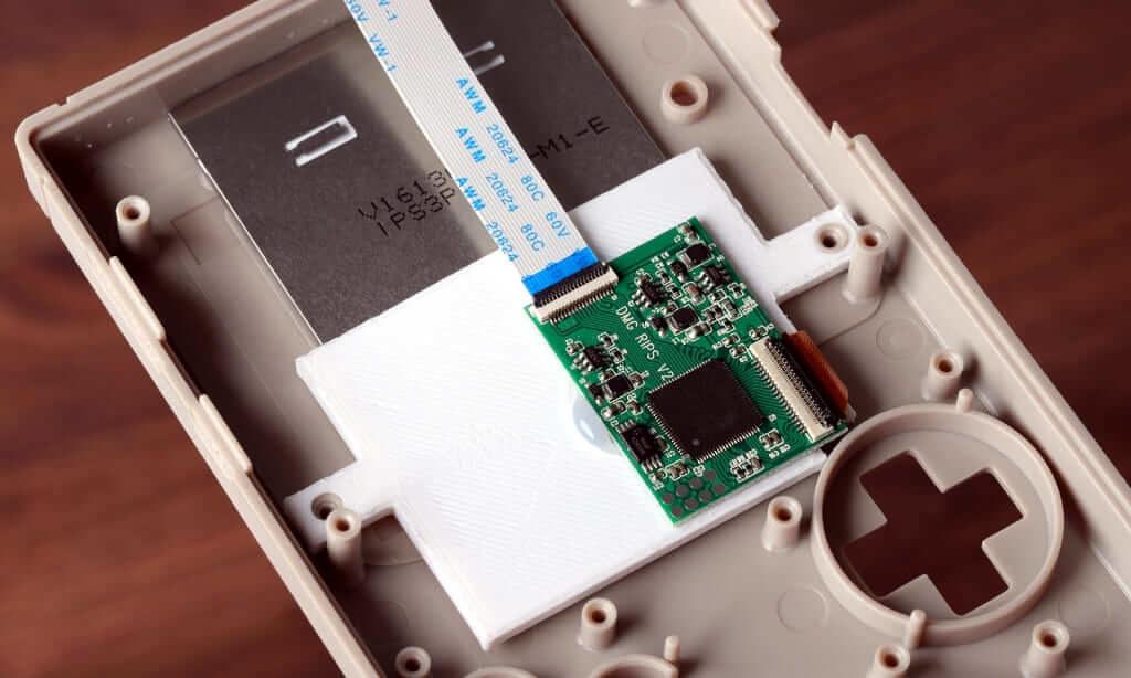 ゲームボーイ/ゲームボーイカラーの IPS液晶交換キット
