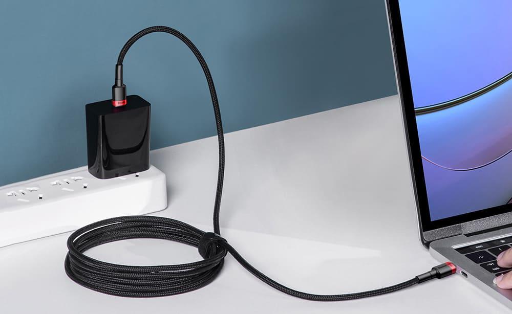 Baseus USBケーブル