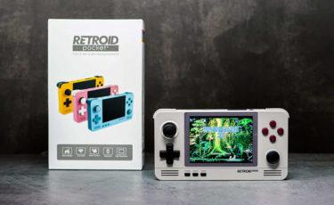 中華ゲーム機「Retroid Pocket 2」を実機レビュー。多機能でカラバリ豊富な実用モデル