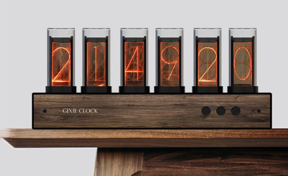 ニシキー管風の置き時計